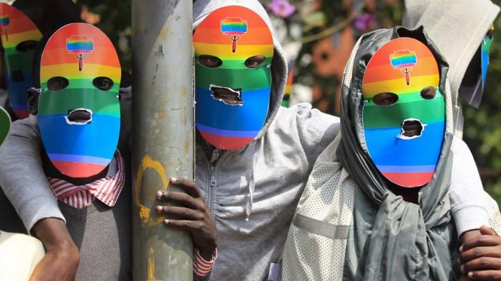 Kenyan LGBT supporters protest against Uganda's anti-gay bill