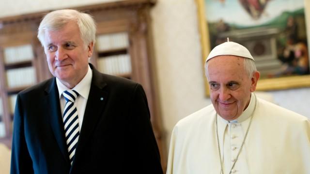 Horst Seehofer besucht den Vatikan.