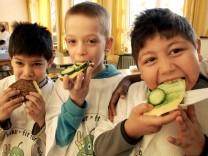 Kabinett berät Aktionsplan für gesündere Ernährung
