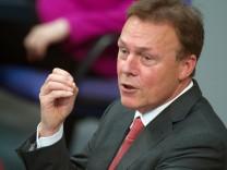 SPD-Fraktionschef Oppermann fordert ein Einwanderungsgesetz