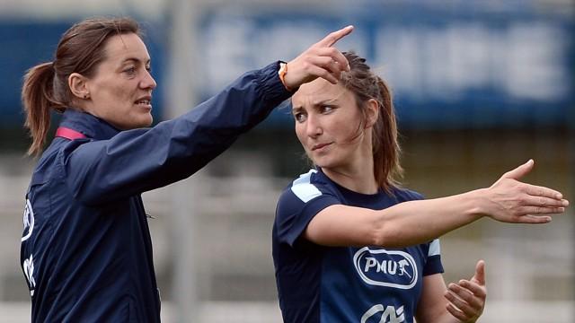 Fußball, Clermont-Ferrand, Corinne Diacre