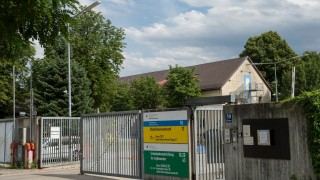 Munich Plans Tent Camp For Swelling Refugee Influx