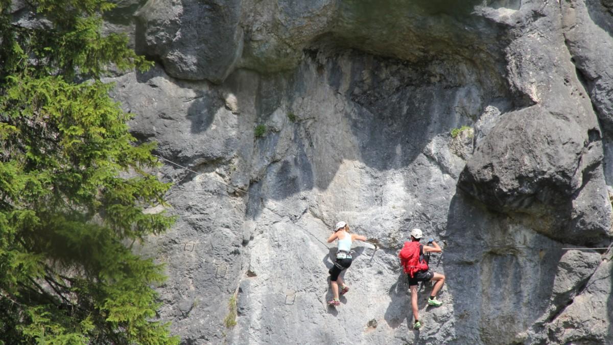 Klettersteig Hausbachfall : Klettersteig reit im winkl hängepartie am hausbach reise