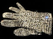 Michael Jackson Tot Handschuh, afp
