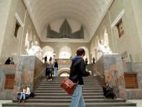VWL an der LMU, erste große Vorlesung,  LMU-Hauptgebäude: Geschw.-Scholl-Pl. 1