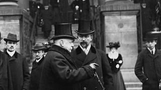 Bernhard von Bülow während der Daily-Telegraph-Affäre, 1908