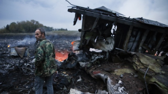 ITAR TASS DONETSK REGION UKRAINE JULY 17 2014 The site of the crash of a Malaysia Airlines Boey