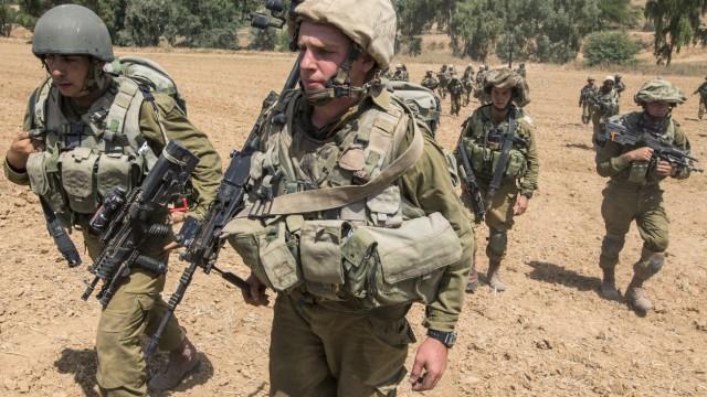 Nahostkonflikt Bombardement von Gaza-Stadt