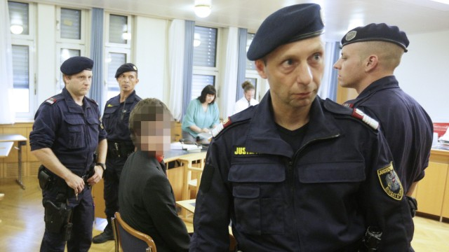 Trial of German activist against Akademikerball