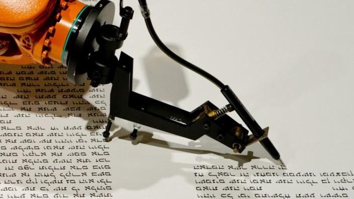 Schreibroboter für Thorarollen