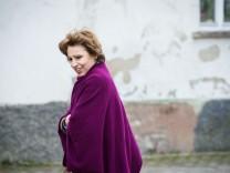 Merkel besucht Mehrgenerationen-Projekt