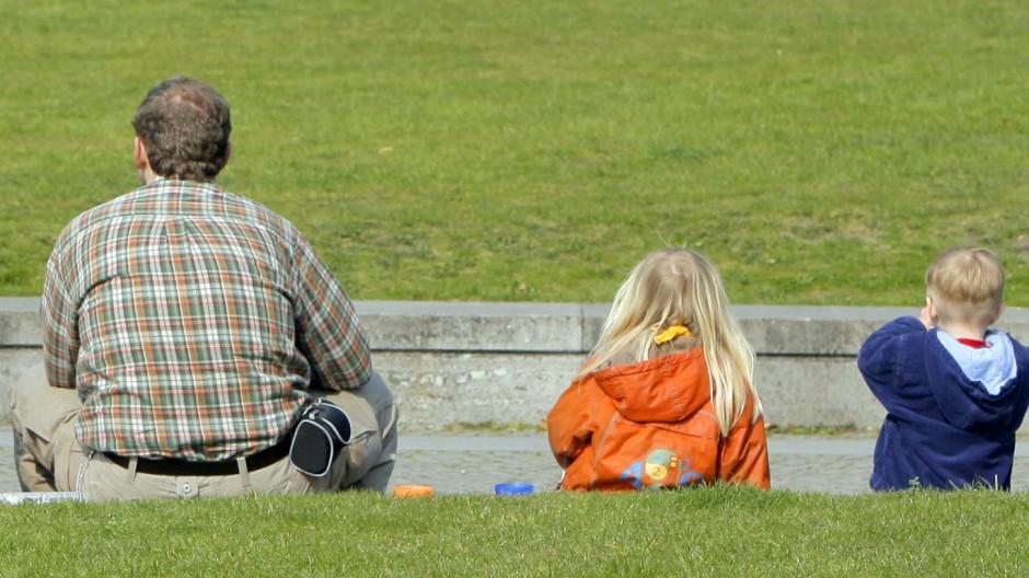 Spitzentreffen zum Ausbau der Kleinkinderbetreuung