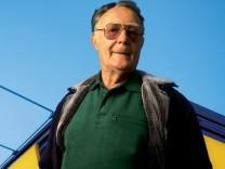 Ikea founder Kamprad to leave franchiser board
