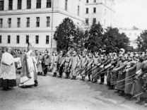 Waffenweihe in Wien, 1914 | Weapon consecration in Vienna, 1914