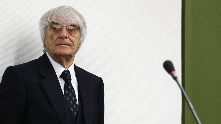 Bernie Ecclestone Einigung im Schmiergeld-Prozess gegen Formel-1-Chef