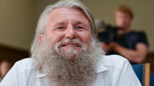 Prozess gegen Sekten-Guru aus Lonnerstadt