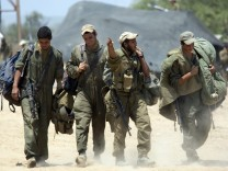 Israeli troops redeploy from Gaza Strip