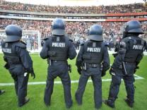 Polizeieinsatz bei Fußball-Spiel