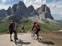 Sella Ronda Dolomiten Mountainbike Tour