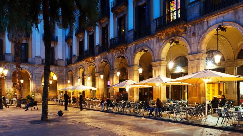 Placa Reial, Barcelona, Spanien