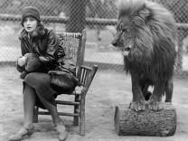 Greta Garbo & MGM Löwe