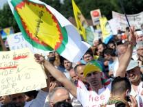 Jesiden demonstrieren in Bielefeld