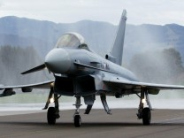 AUSTRIA-POLITICS-DEFENCE-EADS-EUROFIGHTER