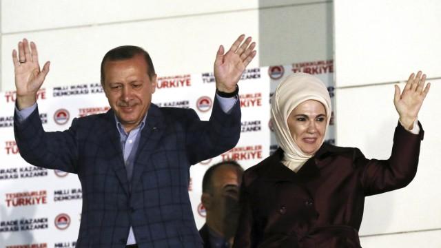 Recep Tayyip Erdogan, Emine Erdogan