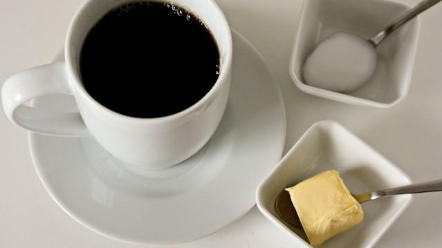 Bulletproof coffee selbstversuch Butterkaffee