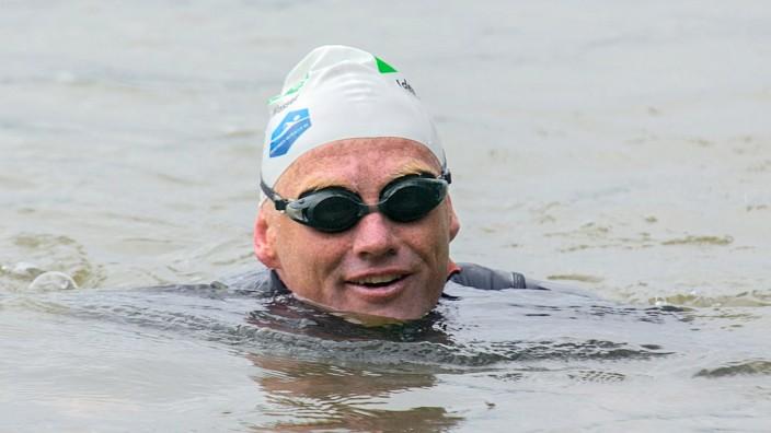 Rheinschwimmer Fath erreicht Bonn