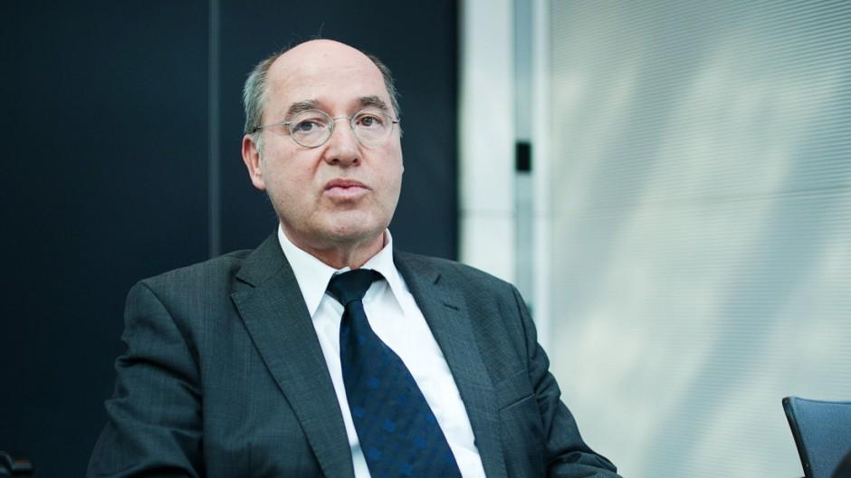 Berlin der Fraktionsvorsitzende der Partei Die Linke im Bundestag Gregor Gysi am Dienstag 11 03