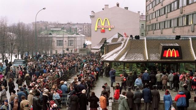 Ukraine im Umbruch McDonald's in Russland