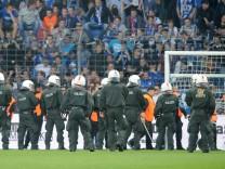 Polizeieinsatz im Fußballstadion