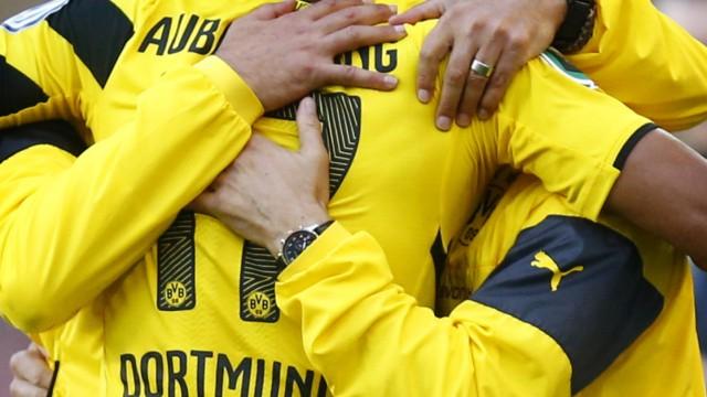 File photo of Borussia Dortmund coach Klopp Aubameyang and Mariotti celebrating goal in DFB Pokal soccer match in Stuttgart