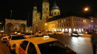 Auch das Recht des Fahrgastes auf freie Wahl des Taxis wird der ADAC-Studie zufolge nicht immer eingehalten.