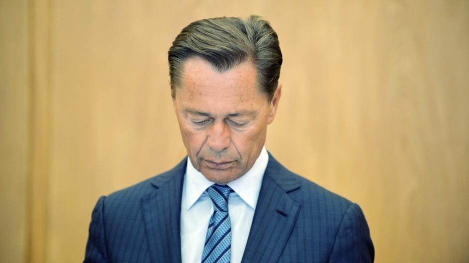 Prozess Middelhoff Wirtschaft Gericht 31 07 2014 Thomas Middelhoff auf der Anklagebank i