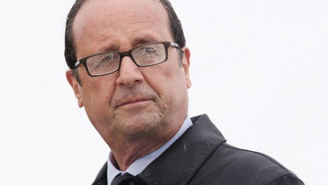 French President Francois Hollande delivers a speech on the Ile de Sein, an island located near the Pointe-du-Raz, off the Brittany coast