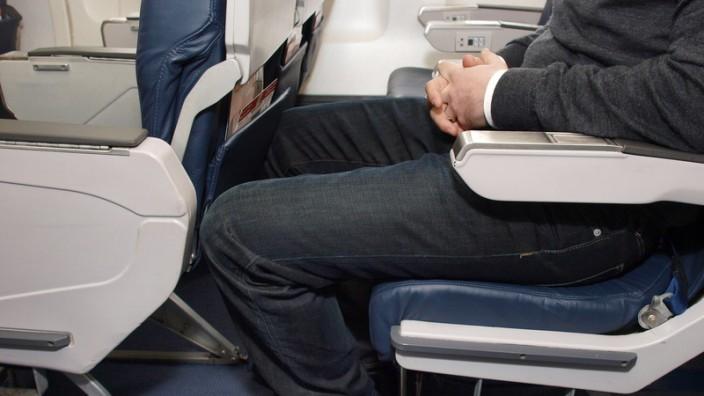 Beinfreiheit im Flugzeug