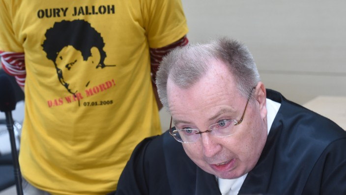 BGH verhandelt über den Feuertod von Oury Jalloh