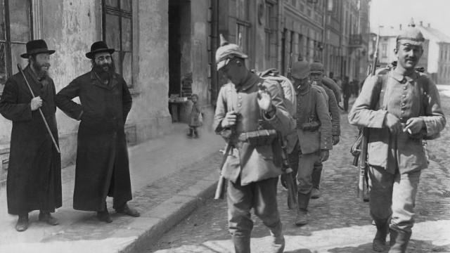 Deutsche Soldaten in Neu-Sandec in Russisch-Polen, 1915