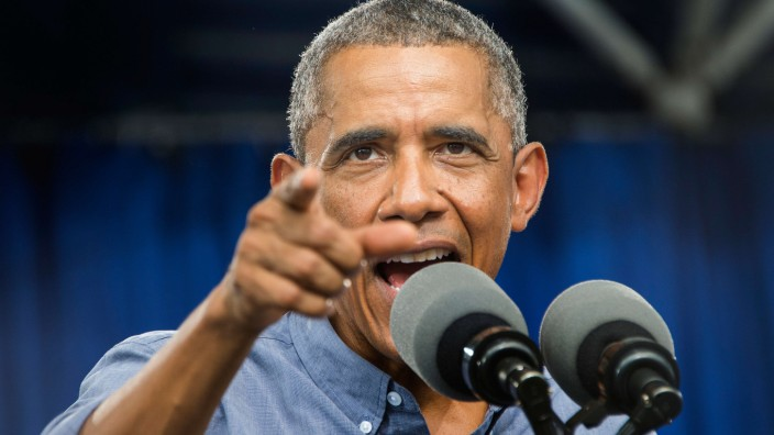 Obama says US military to help Ebola effort