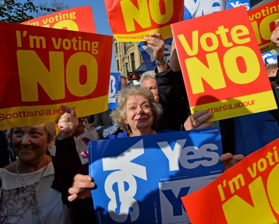 John Prescott and Alistair Darling Join The Scottish Labour Battle Bus