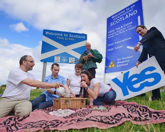 Scotland's Yes Campaign Continues On The Scottish Borders