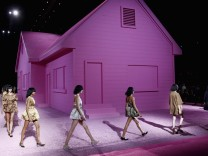 Marc Jacobs - Runway - Mercedes-Benz Fashion Week Spring 2015