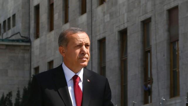 Erdogan sworn in as president of Turkey