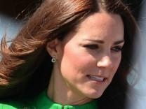 Schwangerschaftsübelkeit: Herzogin Kate sagte Reise ab