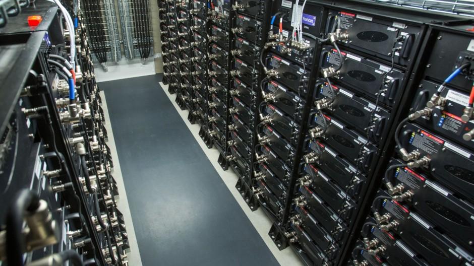 Europas größter Batteriespeicher am Netz