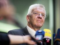 Baden Wuerttembergs Ministerpraesident Winfried Kretschmann Grüne gibt am Freitag 19 09 14 in Be