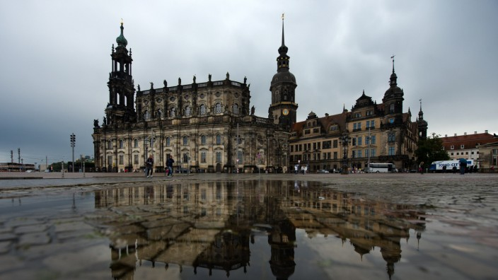 Regenpfützen  in Dresden