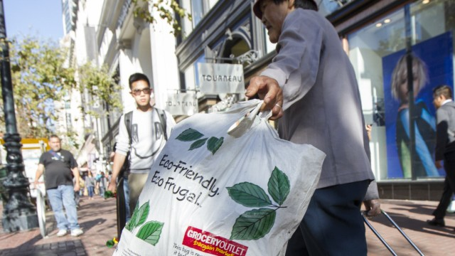 State Of California Bans Use Of Plastic Bags